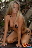 Blonde in bikini - 05
