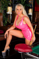 Vanessa playing pool in latex - 01