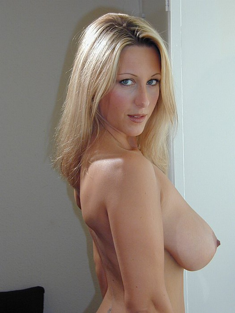 Amateur blonde huge tits facial and best 10