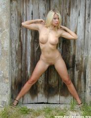 Blonde Melinda - 09