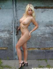 Blonde Melinda - 10