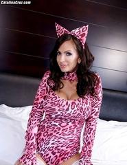 Busty Kitty Cat - 00