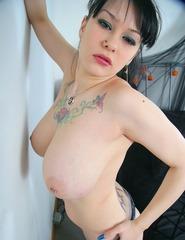 Big Tits Jennique - 15