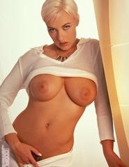 Busty blondeTara Radovic - 08