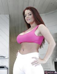 Redhead Milf Sophie - 00