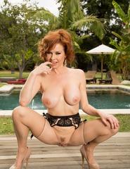 Redhead Veronica Avluv - 14