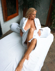 Kelly In Hotel Room - 00