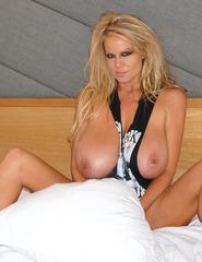 Kelly In Hotel Room - 09