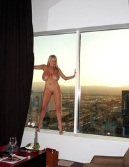 Kelly Madison Hotel Room - 13