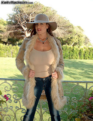 Kelly Fur Coat - 01