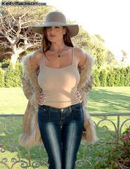 Kelly Fur Coat - 03