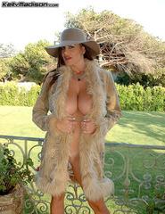 Kelly Fur Coat - 08