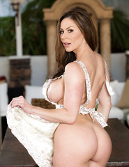 Kendra Lust Hot Mom - 12