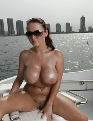 Sophie Dee Shows Her Wet Boobs - 13