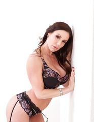 Brunette Babe Kendra Lust - 03