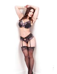 Brunette Babe Kendra Lust - 05
