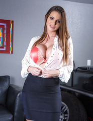 Brooklyn Chase With Her D Cups - 01