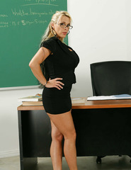 Teacher Milf Holly - 01