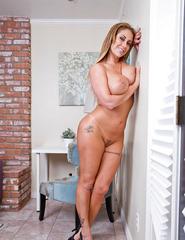 Eva Notty - 14