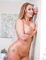 Eva Notty - 15