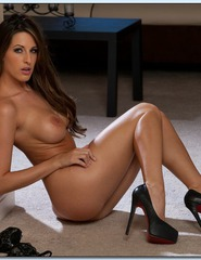 Busty Brunette Kortney Kane - 07