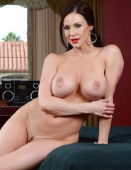 Kendra Lust Hot Mom - 11