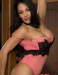 Busty Latina Nina - 07