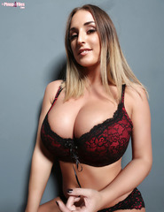 Stacey Poole - 01
