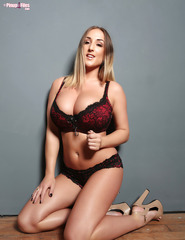 Stacey Poole - 13