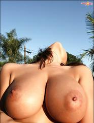 Erica Campbell Sunlight  - 09