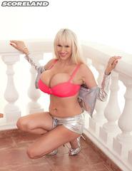 Sandra In Pink - 07