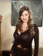Curvy Samantha Lily In High Heels - 00