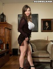 Curvy Samantha Lily In High Heels - 08