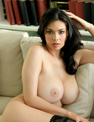 Tera Patrick Waiting For Pleasure - 00