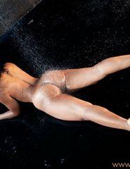 Tiara sexy shower - 02