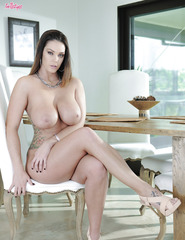 Alison Tyler With Delicious Tits - 06