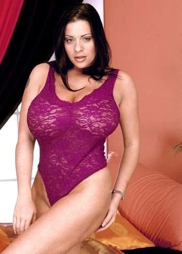 Linsey purple lingerie