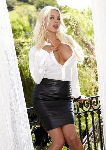 Blonde Spencer Scott leather skirt
