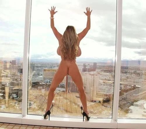 Kelly Vegas strip