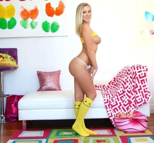 Blonde Suzanne