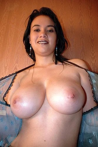 Amateur Babe Shows Her Incredible Tits