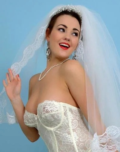 Jodie Gasson Bride