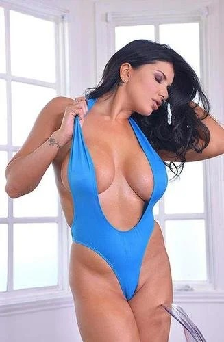 Romi Rain Busty Bikini Model Exposed