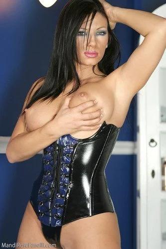 Mandi ic corset