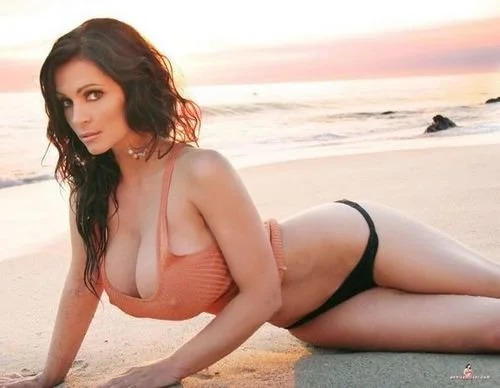 Denise Milani sunset