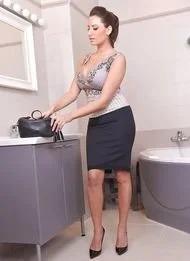 Sensual Jane Unveiling Large Boobs