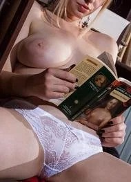 Topless Reading