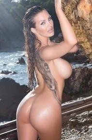 Huge Boobed Helen De Muro Paradise Beauty